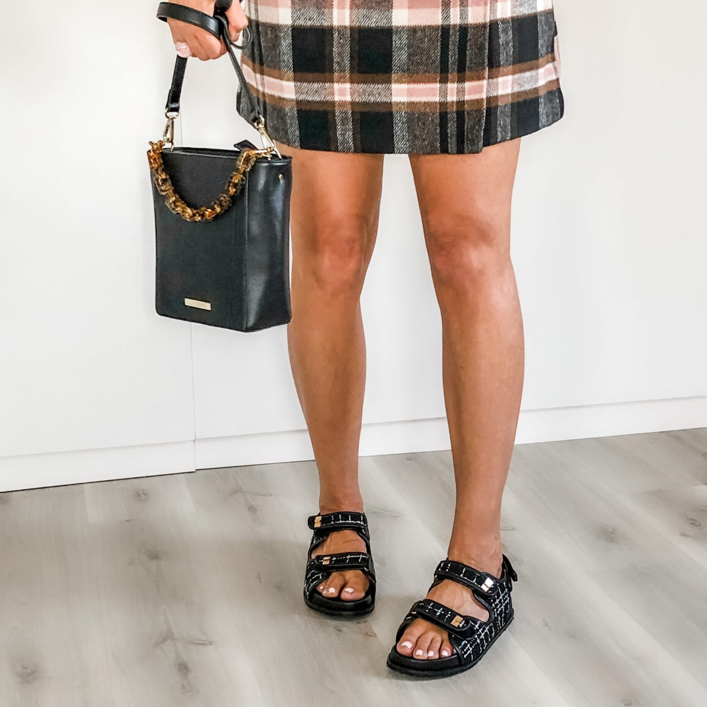 GRANDAD SANDALS – A GUIDE TO THE BEST CHANEL DUPES